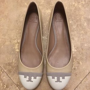 Tory Burch cream/white patent leather flats